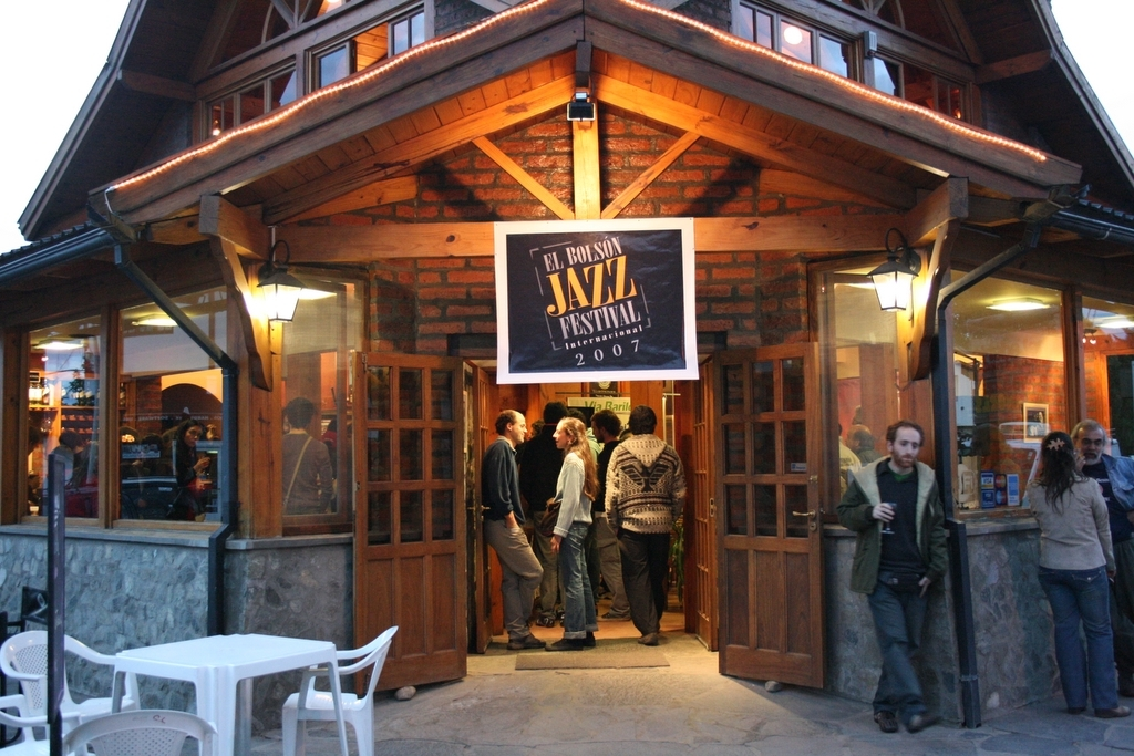 http://argentjazz.com.ar/wp-content/uploads/2013/02/bolson-jazz1.jpg