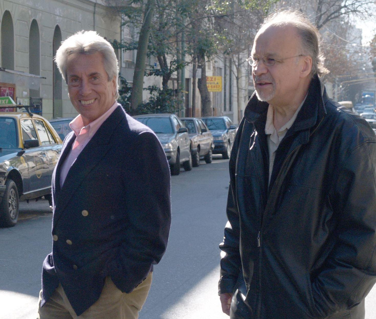 http://argentjazz.com.ar/wp-content/uploads/2013/12/BAJ.11-Jorge-Navarro-y-Gustavo-Bergalli.jpg