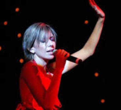 http://argentjazz.com.ar/wp-content/uploads/2014/02/cantante-dos.jpg