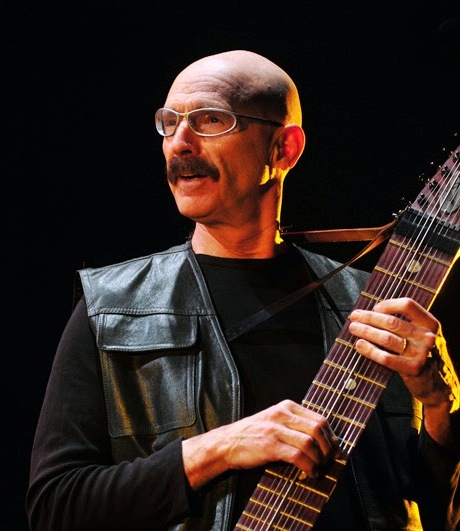 http://argentjazz.com.ar/wp-content/uploads/2017/03/tony-levin-chile-tna-07.jpg