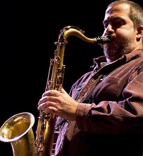 https://argentjazz.com.ar/wp-content/uploads/2017/09/saxofonista.png