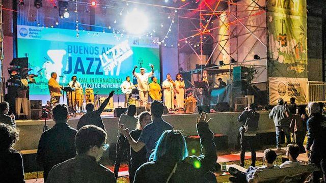 http://argentjazz.com.ar/wp-content/uploads/2019/11/jazz-640x360.jpg